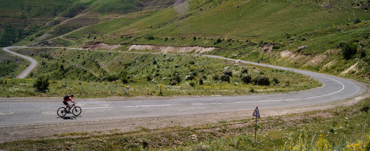 Rowerowa Majówka w Armenii i Górskim Karabachu fot. © Małgosia Busz, Barents.pl