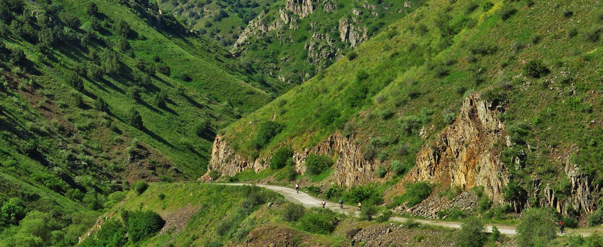 Armenia i Górski Karabach rowerem fot. © Roman Stanek, Barents.pl