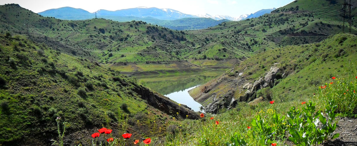 Trekking w Armenii, zwiedzanie Erywania i zdobywanie szczytu Aragac. fot. © Zdzisław Obiegała z Barents.pl