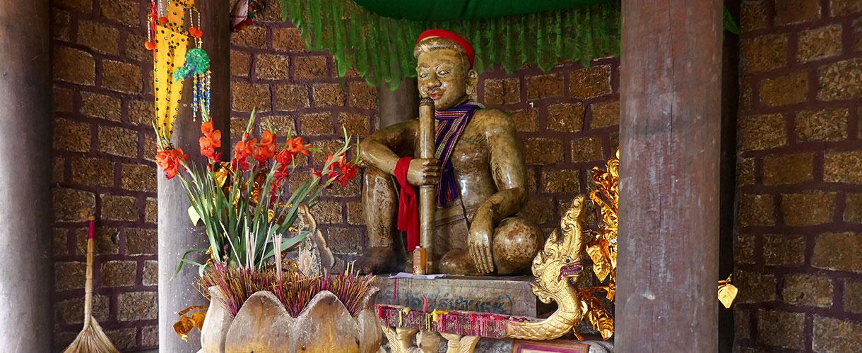 Świątynie i wierzenia Khmerów. Sylwester w Kambodży u Khmerów fot. © Asia Ślusarska z Barents.pl