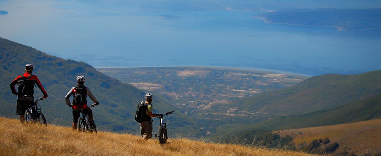 Góry i jeziora Macedonii na rowerze z biurem podróży Barents.pl © fot. Eric Beallet