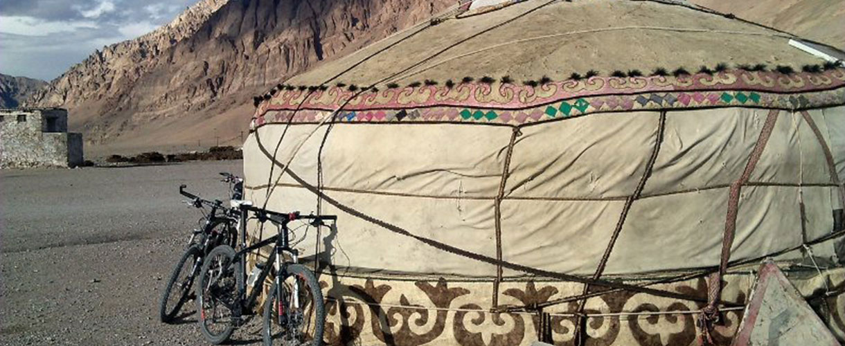 Cycling the Pamir Highway: Crossing the Roof of the World photo © Roman Stanek, Barents.pl
