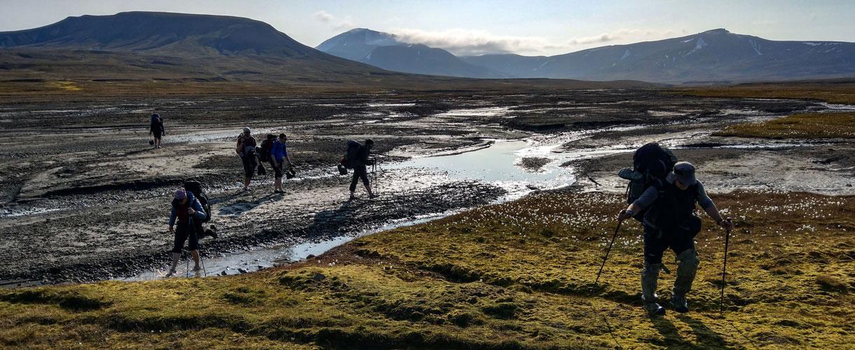 Spitsbergen: Trekking Przez Tundrę w Arktyce fot. © Dominik Pytel z Barents.pl 2018
