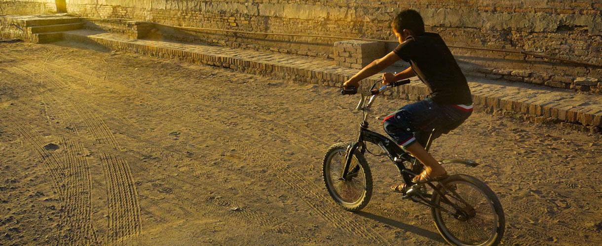 Uzbekistan: rowerem po Jedwabnym Szlaku fot. © Roman Stanek, Barents.pl
