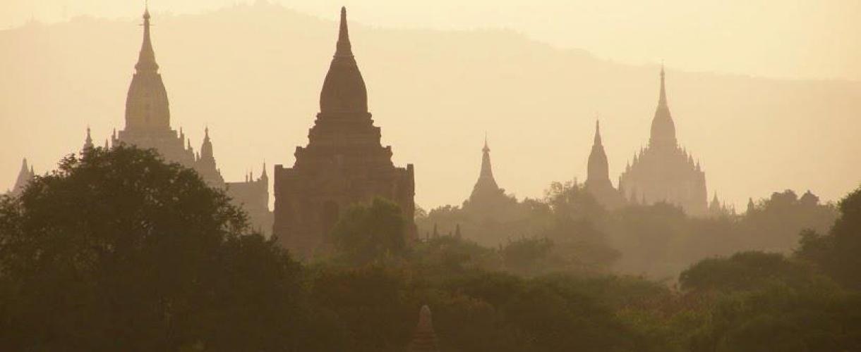 Wycieczka do Birmy - szlakiem buddyjskich świątyń © Iwona Bartoszcze - Barents.pl