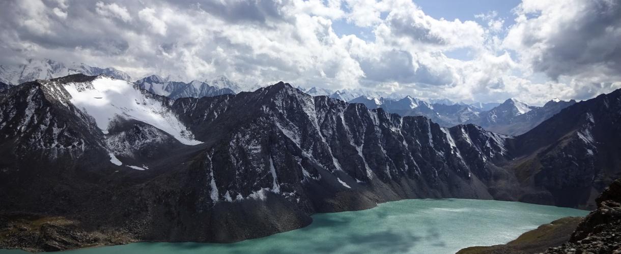 Wysokogórskie jezioro Ala Kol. fot. © Ola Siemiradzka 2017 r., Barents.pl