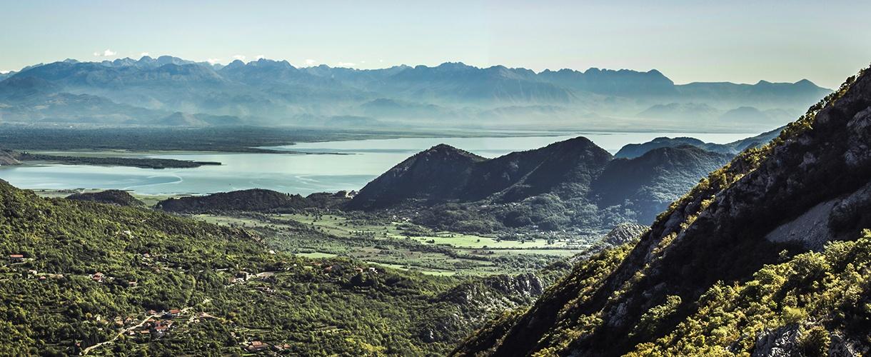 Góry, jeziora i morze. Albania na rowerze: przez niedostępne góry do śródziemnomorskiej riwiery fot. © Milada Vigerova