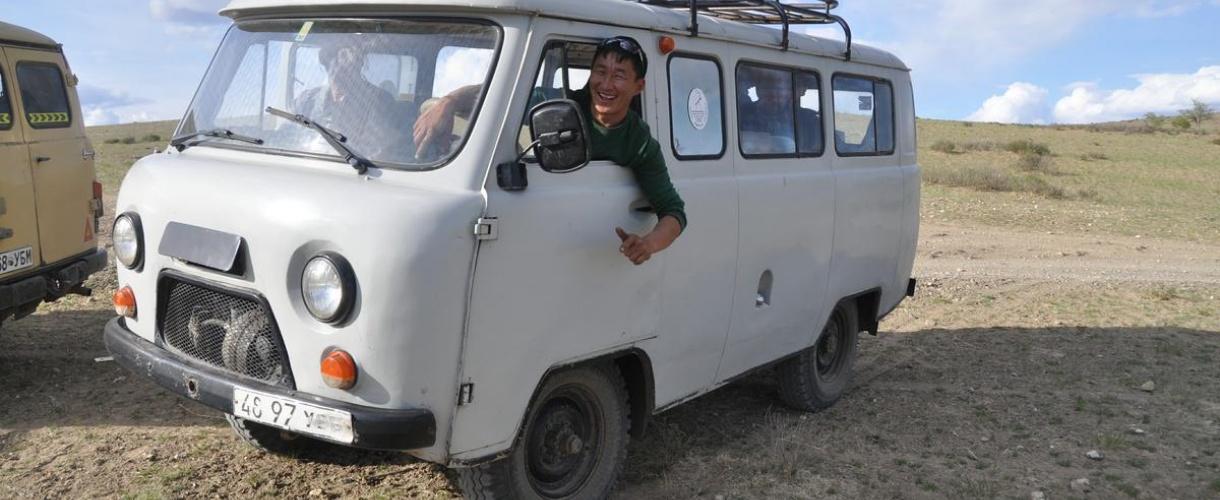 Wyprawa do Mongolii. Przez zielony step i dalekie pustynie. Fot. Iwo Dokoupil dla Biura Aktywnych Podróży Barents.pl