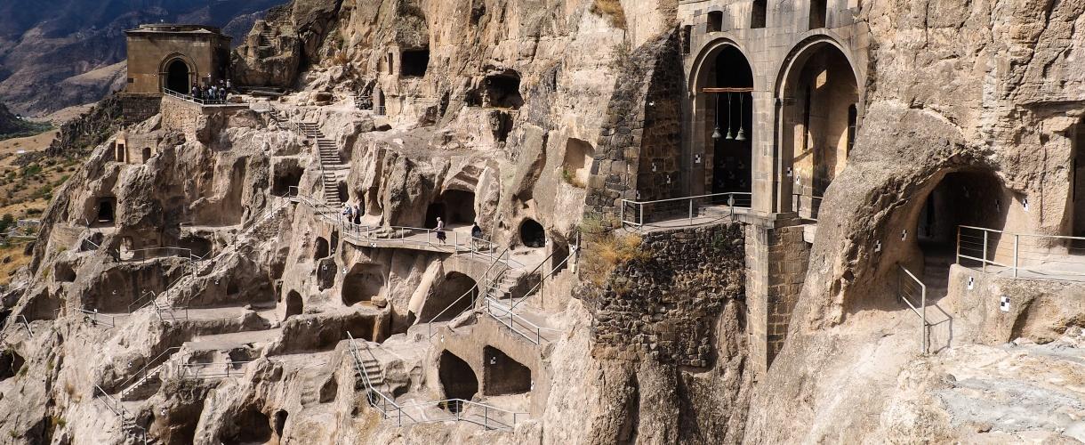 Dawit Garedża - kompleks monastyrów wydrążonych w skale fot. © Bogusław Stanaszek z Barents.pl