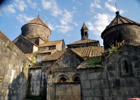 klasztor, północna armenia, biuro aktywnych podróży Barents.pl