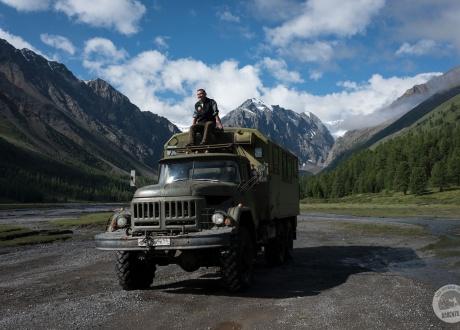 Rowerem po najładniejszych górach Syberii - Ałtaju fot. © Joanna Feil z Barents.pl