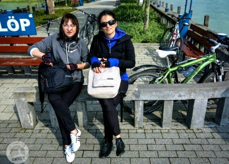 Opalanie nad Balatonem (tu wersja wielkanocna :-) Keszthely. Rowerem nad Balatonem. Kwiecień 2014 fot. © Roman Stanek, Barents.pl
