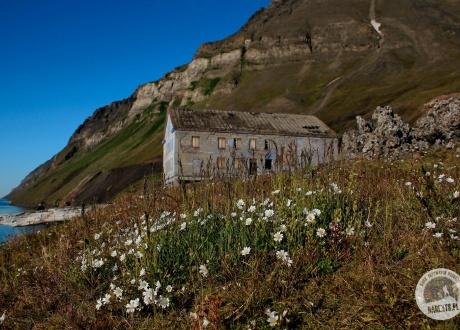 Spitsbergen: Śladami książki BIAŁE z autorką. Foto: Ilona Wiśniewska dla Barents.pl - Biura Aktywnych Podróży