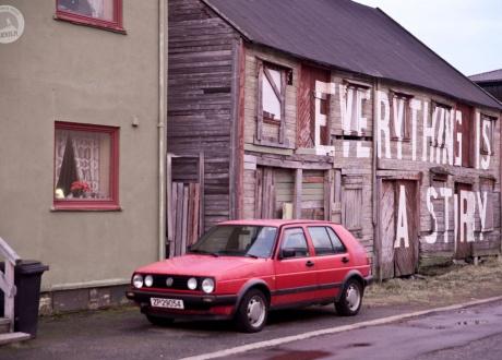 Opuszczone domy w Vardo. Północna Norwegia: HEN. Śladami książki z autorką Iloną Wiśniewską fot. © Ilona Wiśniewska