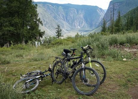Rowerem po najładniejszych górach Syberii - Ałtaju fot. © Roman Stanek, Barents.pl