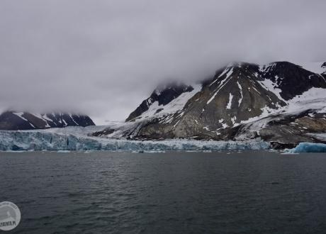 Spitsbergen 2019. Spitsbergen: śladami polskich stacji polarnych z Barents.pl fot. © Aga Zwaan