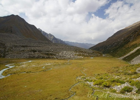 Trekking w Kirgistanie, Tien Szan fot. © Krzysztof Bogusz z Barents.pl