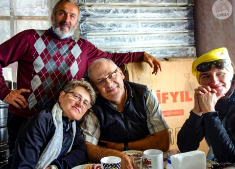 Najmilsze wspomnienia i spotkania w Gruzji :-) | Wycieczka Gruzja i Armenia: to, co najlepsze z Kaukazu | fot. © Grażyna Maciąg
