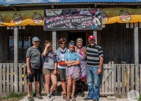 Odwiedzamy lokalne, rodzinne restauracje | Gruzja: Wycieczka po nieznanych szlakach Gruzji | fot. © Maciek Kucharski