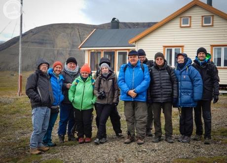 Z Iloną Wiśniewską na Spitsbergenie. BIAŁE, zimna wyspa Spitsbergen. Śladami książki z autorką fot. @ Jerzy Lech Pilecki z Barents.pl