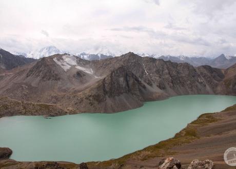 Jezioro Ala Kol. ...na wprost... © Ola&Piter, Barents.pl