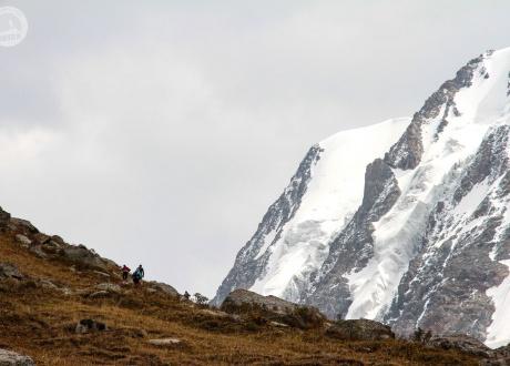 Potęga Tien Szanu. Kirgistan w relacji Oli i Piotrka, pilotów Barents.pl