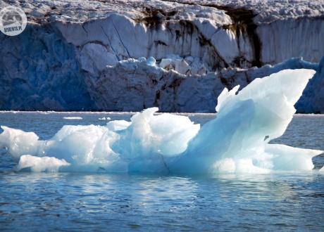 Lodowce i kry Spitsbergenu © Roman Stanek Barents.pl