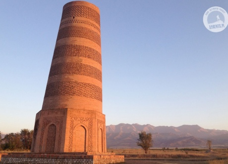 The Burana Tower in the Chuy Valley, Kyrgyzstan. © Roman Stanek Barents.pl Active Travel Agency