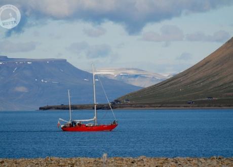 Spitsbergen. Trekking przez Tundrę w Arktyce © Monika Rogoża z Barents.pl