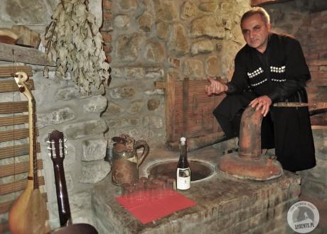 Opowieści o gruzińskim winie i degustacja. Kulinarny wyjazd do Gruzji. W poszukiwaniu najlepszego Chinkali i Chaczapuri © Barents.pl