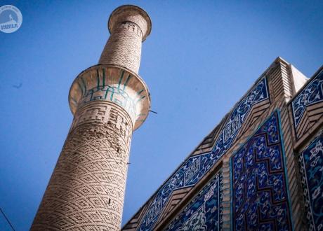 Minaret w Isfahanie. Majówka w Iranie © Bartek Krzysztan, Barents 2017