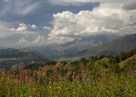 Wędrówka po nieznanych szlakach Gruzji © Roman Stanek Barents.pl