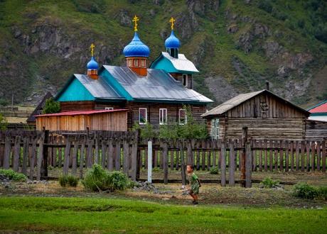 Rowerem po najładniejszych górach Syberii - Ałtaju fot. © Łukasz Bujonek, Barents.pl